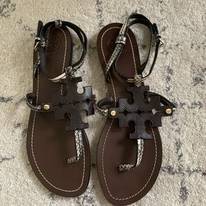 BRAND NEW Tory Burch brown ankle sandals